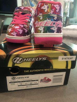 "Heelys ""Hello Kitty"" Skater shoes. Kids size 12 for Sale in Los Angeles, CA"