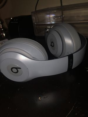 Beat Studio 3s Wireless for Sale in Fresno, CA