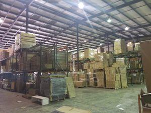 Warehouse liquidation sale for Sale in Windermere, FL