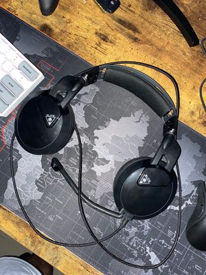 Turtle Beach Atlas Pro Wired Gaming Headset PS4/Xbox One/PC for Sale in Miami, FL