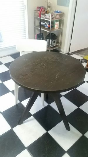 West elm breakfast table and two chairs for Sale in TWN N CNTRY, FL