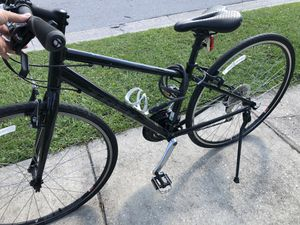 Used Women's 8.4 DS Matte Trek black 9 speed bike purchased at Bicycle Outfitters for $800 + w/ lock & more! for Sale in Pinellas Park, FL