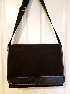 Kenneth Cole Messenger Bag for Sale in McLean, VA