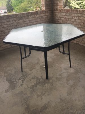 Free patio table for Sale in Cranberry Township, PA