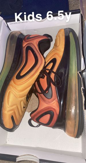 Nike shoes used but still in good condition for Sale in Newport News, VA