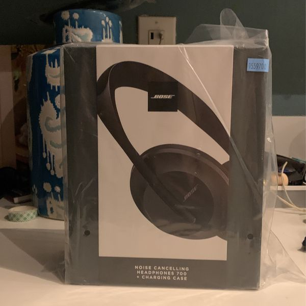 Bose 700 Noise Cancelling Headphones