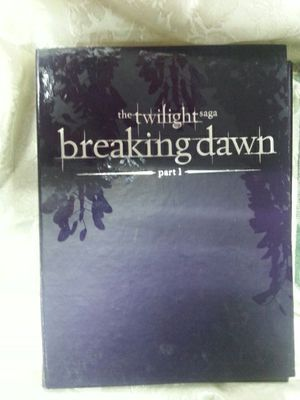 Twilight Saga: Breaking Dawn Part 1 Limited Edition Collector's Gift Set for Sale in Bladensburg, MD