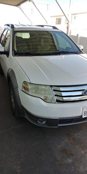 Ford Taurus X. In great condition low miles MUST SEE for Sale in Apple Valley, CA