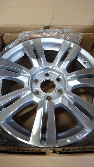 Aluminum Rim 2010 to 2016 Cadillac SRX 18 in Brand New Rim only one for Sale in Piedmont, SC