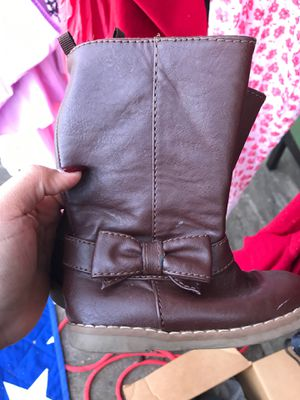 Girl brown boots 8c for Sale in Fort Worth, TX