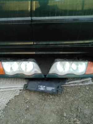 2000 330i BMW front headlights for Sale in Chino, CA