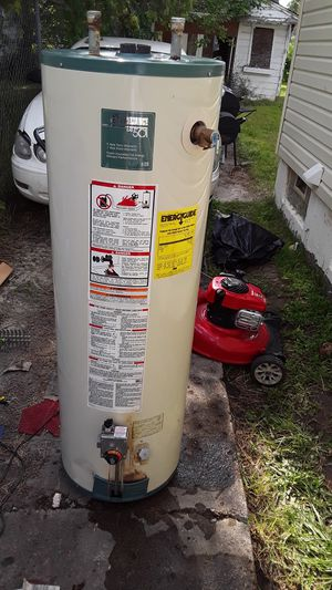 $99.00 and up 40 gallon select state hot water heater for Sale in Detroit, MI