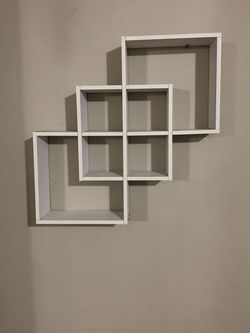 $25 White 3 Cube Intersecting Shelf for Sale in Battle Ground,  WA