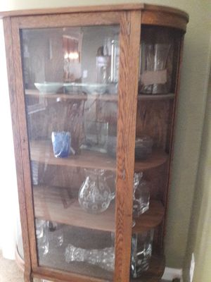Quarter sawn white oak curio for Sale in Vancouver, WA