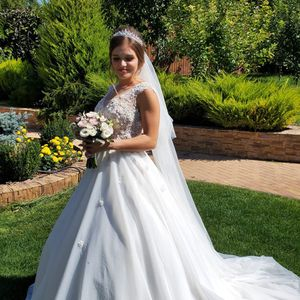 European Wedding Dress for Sale in Tacoma, WA