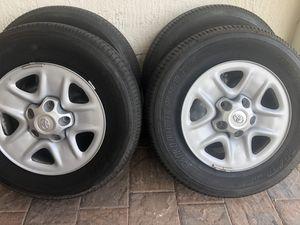 Toyota Tundra 2019 wheels and tires Bridgestone Dueler HT 255/70/18 for Sale in Hialeah, FL