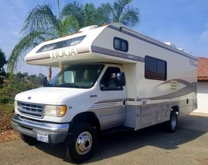 1999 Fleetwood Tioga 4x4 24-ft class c motorhome very clean for Sale in Riverside, CA
