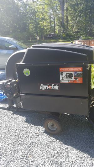 Agri-Fab Mow-N-Vac for Sale in Gainesville, VA