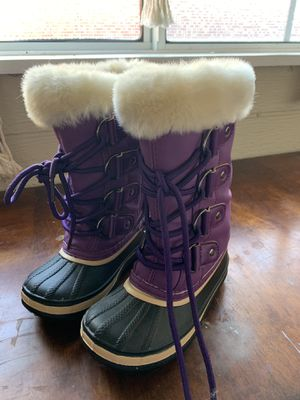 Thinsulate kids snow boots size9 for Sale in Hayward, CA