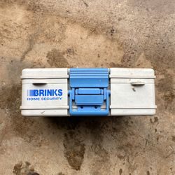 Brinks Home Security Box for Sale in Elma,  WA