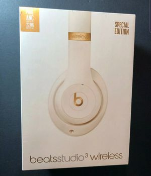 Brand New Beats Studio 3 Wireless Headphones Porcelain Rose for Sale in Fresno, CA