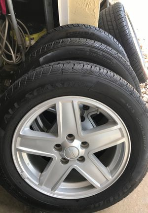 Set of tires with rims for Sale in Orlando, FL