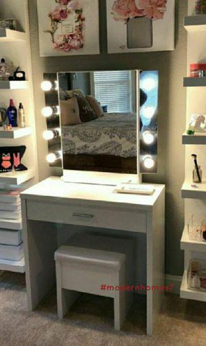 Brand new 2 piece Vanity set for Sale in Anaheim, CA