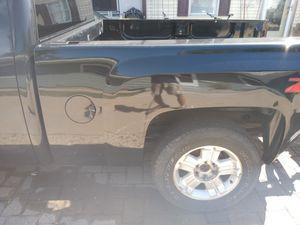 2010 Chevy Silverado pickup box 6.5 feet for Sale in Saint Paul, MN