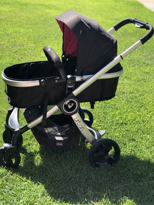 Chicco urban stroller comes with stroller and car seat and the colors for the stroller can be changed: includes two colors hot pink and emerald $300 for Sale in Fresno, CA