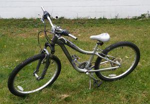"""Women's Specialized Hotrock 24"""" Bike for Sale in Sylvan Lake, MI"""