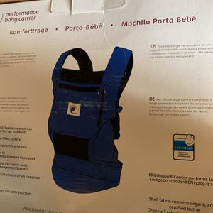 Ergo Baby Carrier for Sale in Tacoma, WA