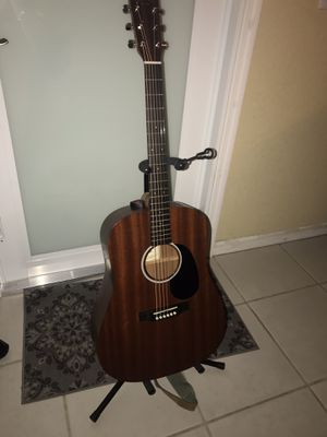 MARTIN DRS1 ACOUSTIC ELECTRIC GUITAR for Sale in Miami, FL