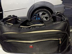 Swiss Tech rolling duffle bag for Sale in Everett, WA