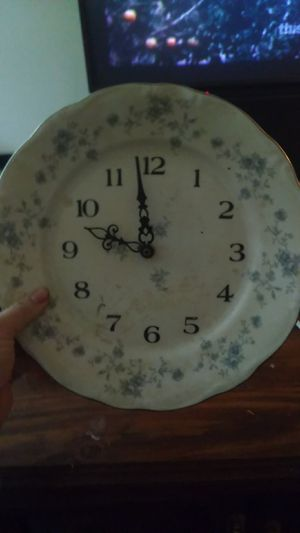 Antique plate clock. Fine China plate for Sale in Dayton, OH