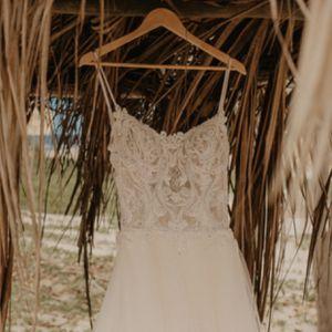 ENZOANI Wedding Dress for Sale in San Diego, CA