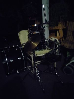 Pacific Drum & Precussion (PDP) 7 PIECE DRUM SET for Sale in Lakewood, CO