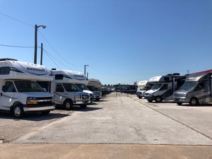 Motor Home Class-C's for Sale in Mesquite, TX