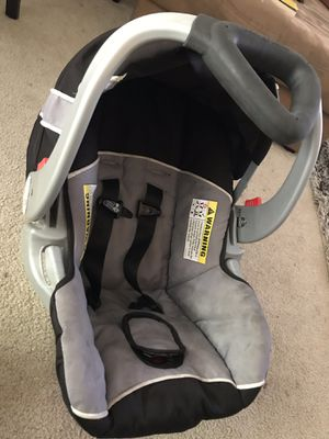 Baby Trend Infant Car Seat for Sale in Oakland, CA