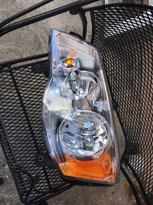2011 threw 2019 dodge caravan oem headlight for Sale in Miami, FL