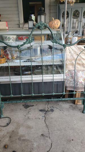 Metal head board bed frame for Sale in Los Angeles, CA