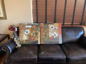 Wall art and flower decoration for Sale in Snohomish, WA