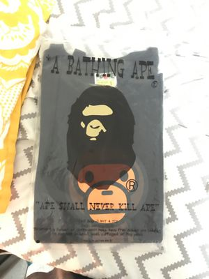 Baby milo bape tee brand new adult small for Sale in Powell, OH