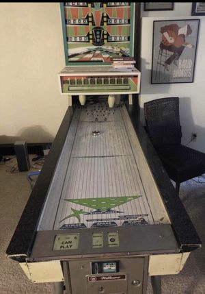 Williams shuffle board bowling machine for Sale in Lakewood, CO