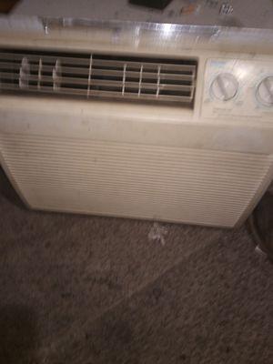 Halaer air conditioner for Sale in Puyallup, WA