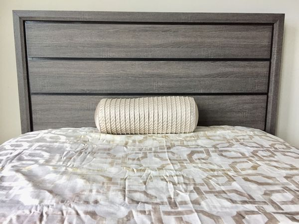 New Black & Gray Two Toned Queen Bed