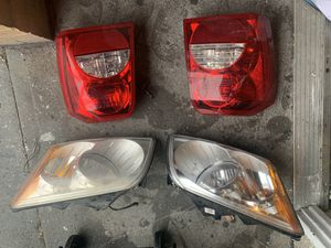 Dodge Caliber SXT front headlights & back tail lights for Sale in Queens, NY