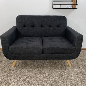 Modern Love Seat for Sale in Battle Ground, WA