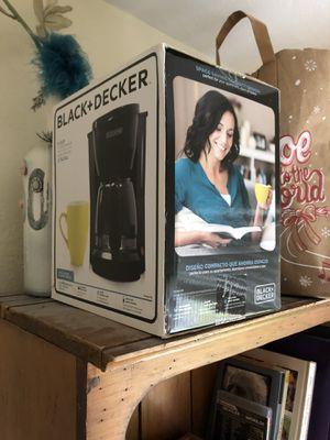 Black & Decker 5 cup coffee maker for Sale in Fort Lauderdale, FL