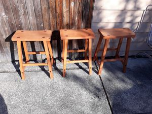3Pcs BARSTOOLS VERY NICE STRONG for Sale in Bellevue, WA