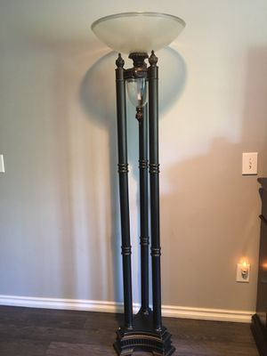 2Tall floor lamp 100.00 each for Sale in Washington, MI
